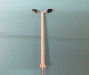 N Scale Modern Yard Light - Item Code N2